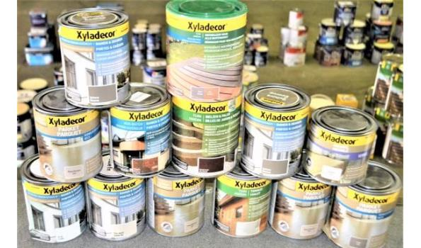 13 potten diverse producten XYLADECOR