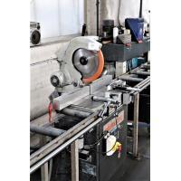 metaalafkortzaag ELUMATEC , compleet met aan- en afvoerbanden en afzuigsinstallatie