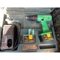 2 handgereedschappen en gereedschapskoffer