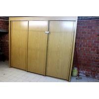 grote houten opbergkast, afm plm 250x64x210cm, te demonteren door de koper)