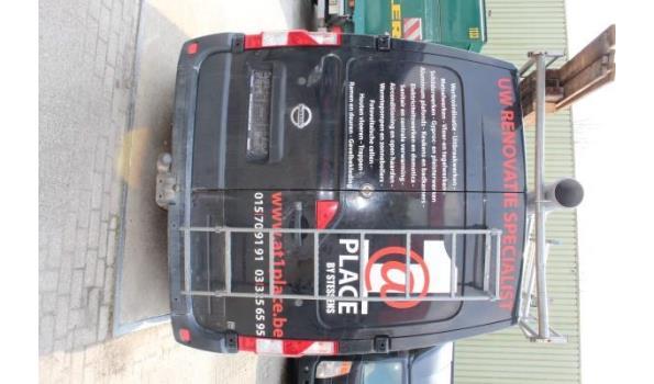 lichte vrachtwagen NISSAN NV400, diesel, 2299cm³, 92kW, 1e inschr 06/02/12, chassisnr VNVM1F2DC46564426, 151043km, CO²-uitstoot 226g/km, EURO5, compl met kentekenbewijs, gelijkvormigheidsattest, 2sleutels, keuring tot 23/01/22,