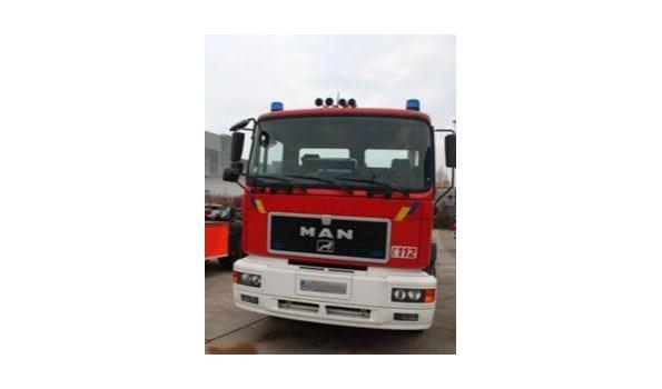 containervrachtwagen MAN 19.343 FLC 4x2, diesel, 11960cm³, 326kW, 1e inschr 21/11/2000, chassisnr WMAT02ZZZYM282448, plm 37880km, C0²-uitstoot ng, EURO ng,  compl met 1sleutel, kentekenbewijs DEEL I+II,  gelijkvormigheidsattest, keuring tot 01/02/20,