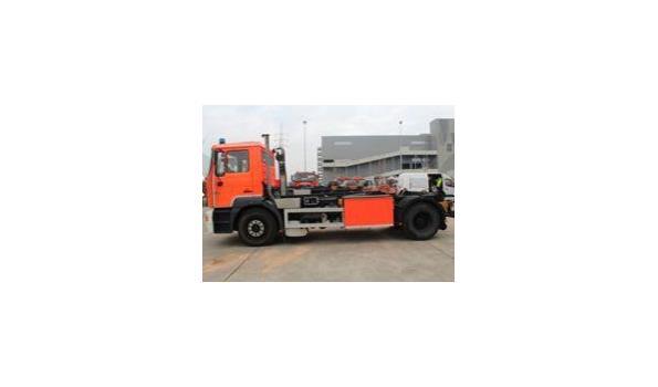 containervrachtwagen MAN 19.343 FLC 4x2, diesel, 11960cm³, 265kW, 1e inschr 21/11/2000, chassisnr WMAT02ZZZYM282390, plm 37500km, C0²-uitstoot ng, EURO ng, compl met: 1sleutel, kentekenbewijs DEEL I+II, gelijkvormigheidsattest, keuring tot 04/06/21,