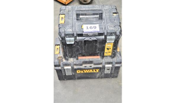 2 pvc gereedschapskoffers