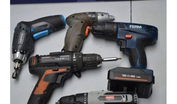 7 elektrische handgereedschappen w.o. zonder batterij