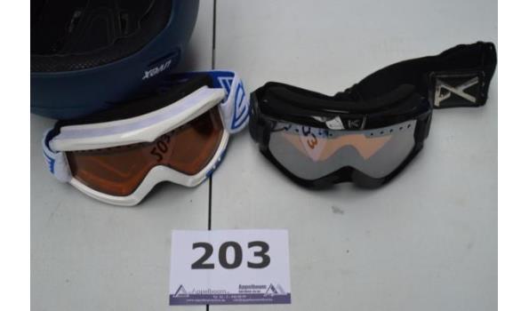 helm en 2 skibrillen