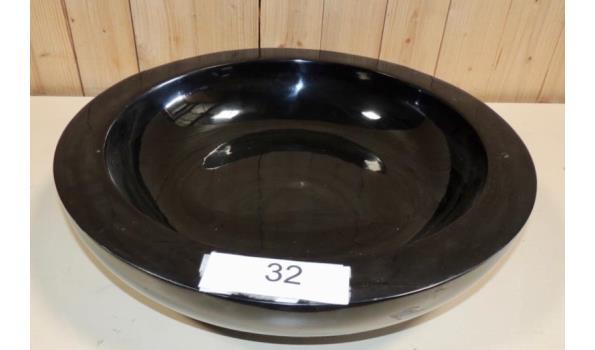 Schaal diameter 50cm. Hoogte 10cm
