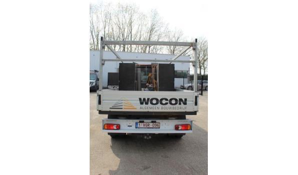 open lichte vrachtwagen NISSAN NV400, diesel, 2299cm³, 107kW, 1e inschr 06/11/2018, VNVM2000461475515, 47.533km, CO²-uitstoot 222g/km, EURO VI, compl met kentekenbewijs DEEL I+II, gelijkvormigheidsattest, 2sleutels, keuring tot 15/11/21,