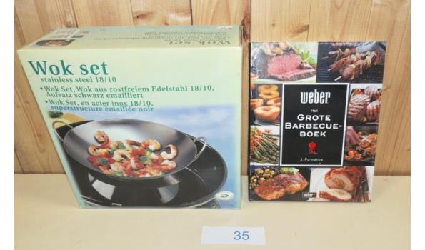 RVS Wokset voor Barbecue fabr. Outdoorchef + Het Grote Barbecue Boek fabr. Weber