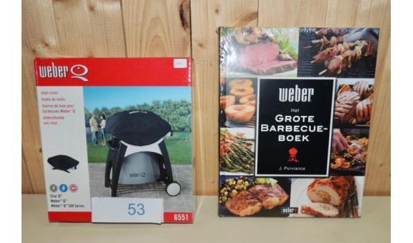 Beschermhoes fabr. Weber type 6551 + Het Grote Barbecue Boek fabr. Weber
