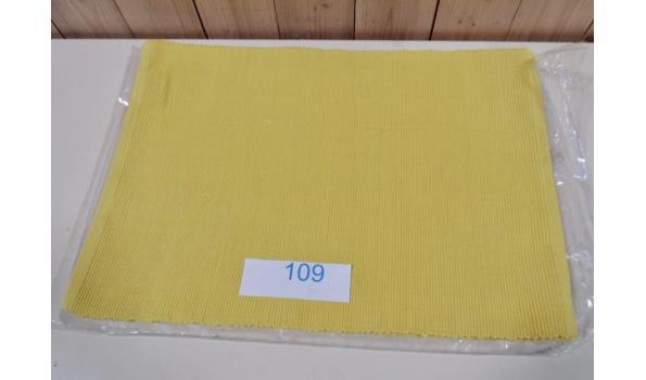 6 Placemats afm. 33x48cm