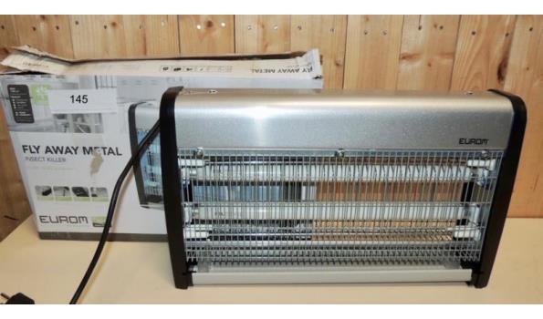 Elektrische Insectenkiller 2x15W in werkende staat. Licht beschadigd