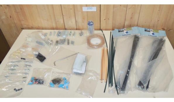Diverse onderdelen/hulpstukken w.o. Gloster-Lafume