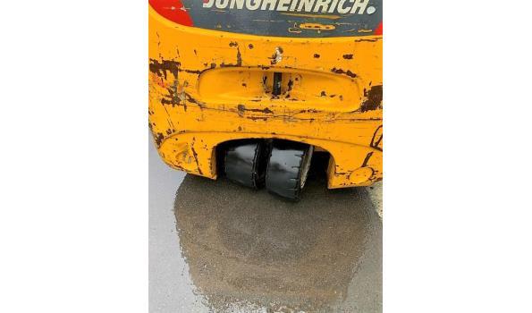 vorkheftruck JUNHEINRICH EGF 218K, bj 2004, compleet met oplader SLT100, batt defect, geen sleutel voorhanden