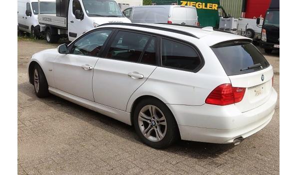 stationwagen BMW 316D, diesel, 1995cm³, 85kW, 1e inschr 29/06/11, chassisnr WBAUY51000F079881, 205961km, CO²-uitstoot 119gkm, EURO5, compl met kenteken, gelijkvormigheidsattest, 1sleutels, keuring tot 29/06/20,