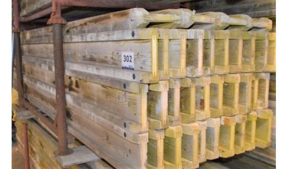 stalen bok inhoudende 34 bekistingsbalken DOKA H20, l 3,60m
