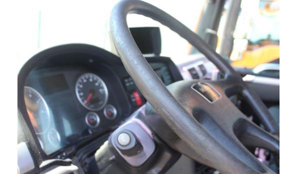 containervrachtwagen MAN TGS 26.360 6x4,diesel,10516cm³,264kW, 1e inschr 11/06/09,chassisnr WMA26SZZ79P018443,km niet gekend-laatste km volgens keuring 07/10/20: 174643km,CO2-uitstoot: ng,EURO5, kenteken,gelijkvormgheidsattest,1sleutel,keuring tot 30/10/21