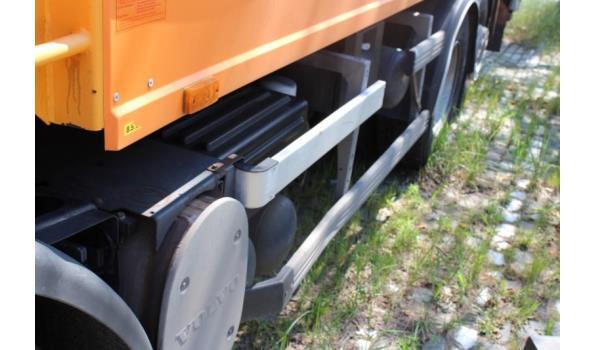 huisvuilophaalvrachtwagen VOLVO FE62 7.6 E5,diesel,7146cm³,235kW,1e inschr 16/07/08,chassisnr YV2BNOC38B517337, km niet gekend-laatste km volgens keuring 30/7/20: 143519km,CO2-uitstoot: ng,EURO5,kenteken,gelijkvormigheidsattest,1sleutel,keuring tot 01/8/21
