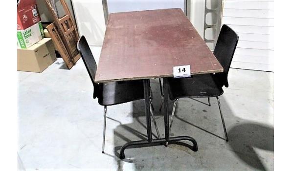 plooitafel en 2 stoelen