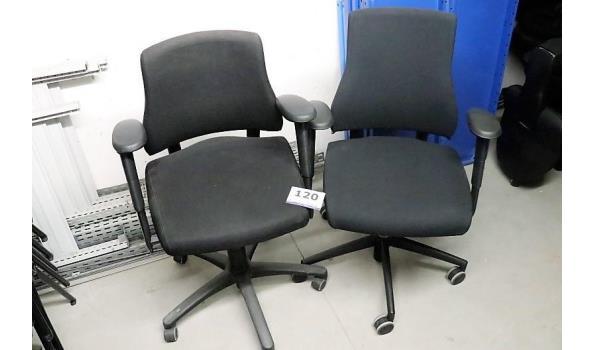 2 verr bureaustoelen, zwarte stof bekleed