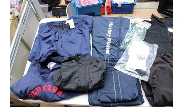 lot div hockeykleding wo shorts, rokjes, regenbroeken, sokken, broekrokjes, vesten, polo