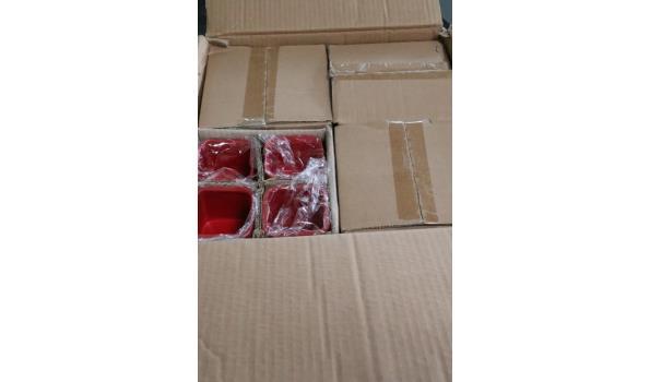 48 kleine rode bloempotjes, afm plm 7x7x7cm