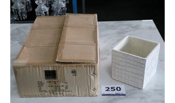 6 vierkante bloempotten, afm plm 53x36x18cm