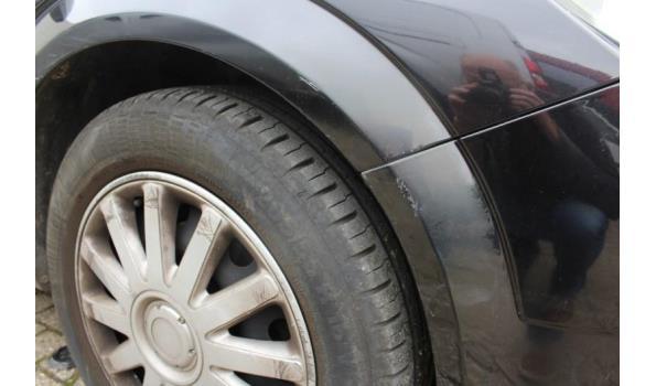 hatchback OPEL ASTRA, benzine,1796cm³,92kW,1e inschr 03/06/04,chassisnr W0L0AHL4845175319, 115276km, met kenteken DEELI+II, gelijkvormigheidsattest, keuring tot 07/08/21, 2sleutels, CO³-uitstoot 206g/km, EURO4,