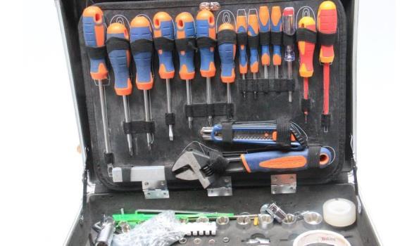 gereedschapskoffer inh div handgereedschappen