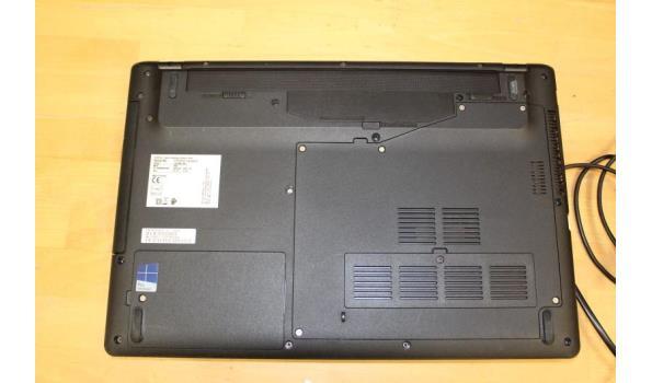 laptop FUJITSU Lifebook A555, Intel Core i3, paswoord niet gekend, met lader