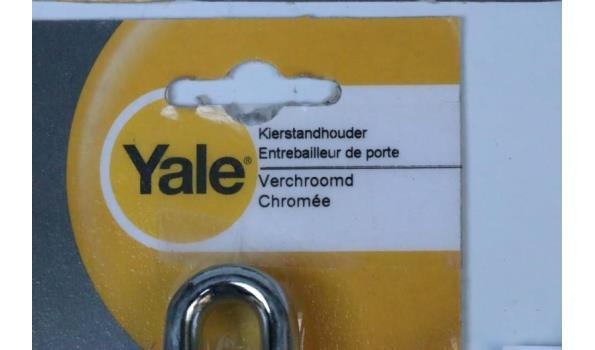 lot diversen YALE,  wo kierstandhouders, deurspion, deurketting, enz