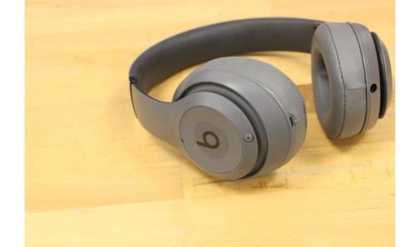 2 div wireless hoofdtelefoons JBL en BEATS,  zonder kabels, werking niet gekend