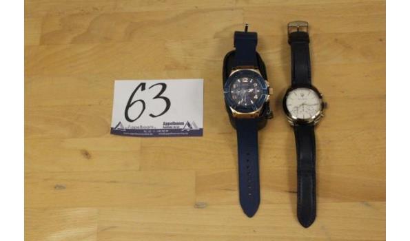 2 div horloges wo GUESS en MASERATI