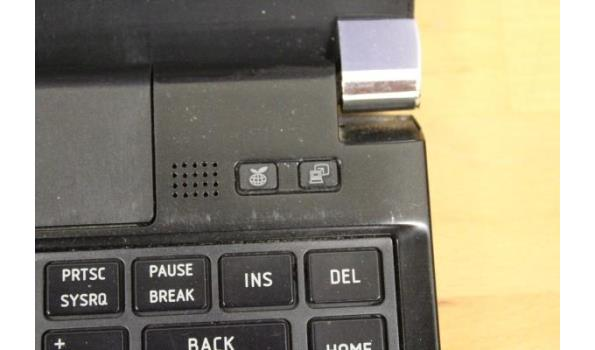 laptop TOSHIBA, Portege R700, Intel Core i3, zonder lader, paswoord niet gekend, werking niet gekend