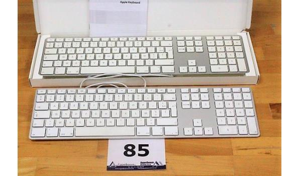 2 toetsenborden APPLE, A1243, werking niet gekend