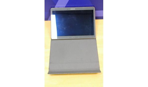 tablet pc SAMSUNG SM-T800, 32Gb, met cover, zonder lader, paswoord niet gekend, werking niet gekend