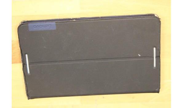 tablet pc LENOVO, TB3-850 MT-ZA18, met cover (beschadigd), zonder kabels, werking niet gekend, paswoord niet gekend,