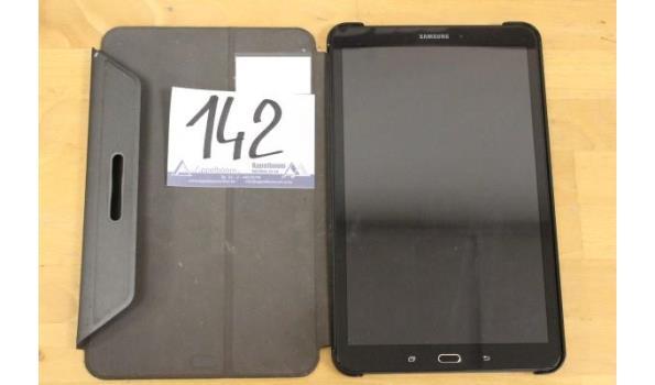 tablet pc SAMSUNG, SM-T580, 32Gb, met cover, zonder lader, paswoord niet gekend, werking niet gekend