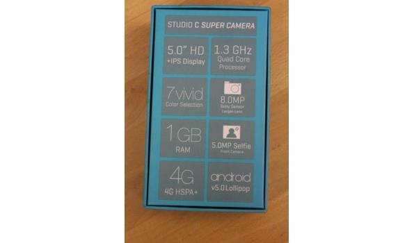 smartphone BLU, Bold Studio C, zonder lader, werking niet gekend