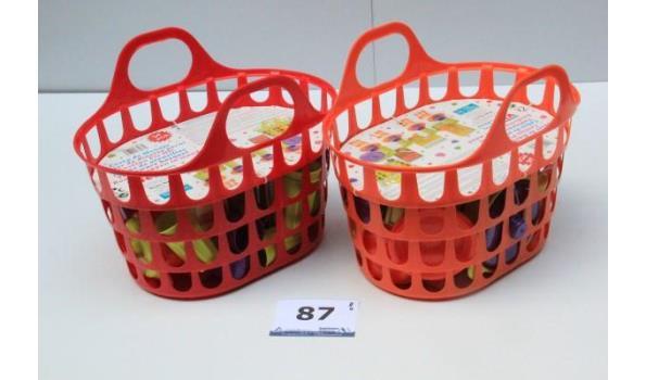2 speelgoedmanden met 34-delig toebehoren