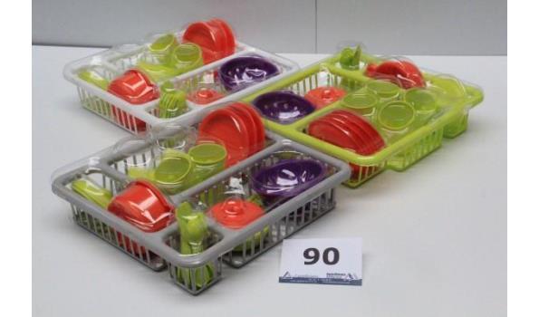 3 speelgoedservies sets