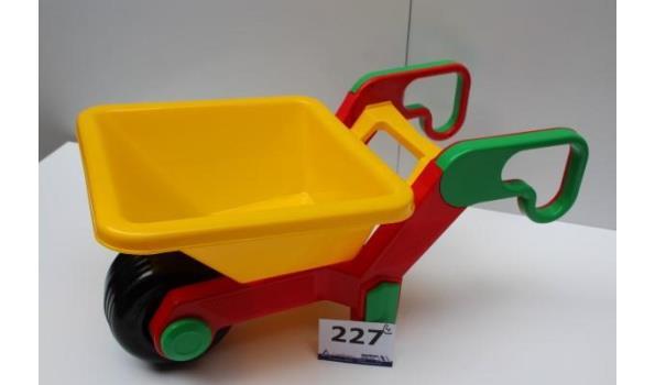 4 speelgoedkruiwagens