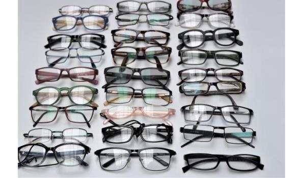 27 diverse leesbrillen