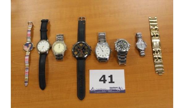 8 diverse horloges w.o. ORIENT, CITIZEN, CASIO enz