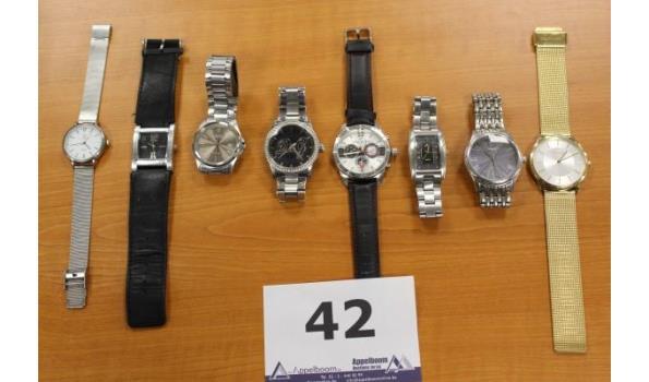 8 diverse horloges w.o. CASIO, DANIEL HECHTER, D&G enz