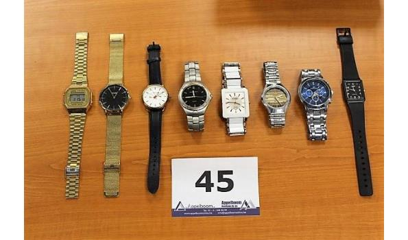8 diverse horloges, w.o. CASIO, FOSSIL, CLUSE enz