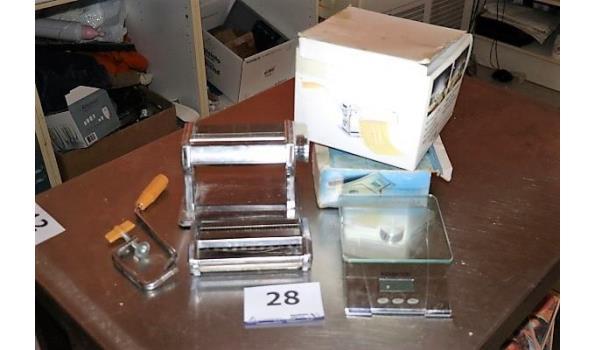 pastamachine plus elektr weegschaal KENWOOD