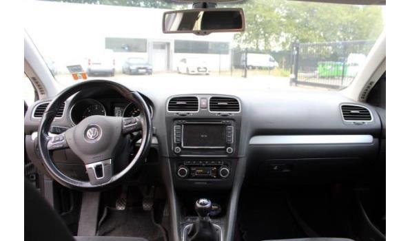 stationwagen VW GOLF 2.0Tdi, diesel, 1968cm³,103kW,1e inschr 03/01/11, WVWZZZ1KZBM642379, 185691km, co³-uitstoot: ng, EURO5, met kenteken DEEL I+II, gelijkvormigheidsattest, keuring geldig tot 07/02/22, 2sleutels,