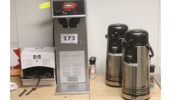 koffieapparaat MIKO en 2 koffiekannen