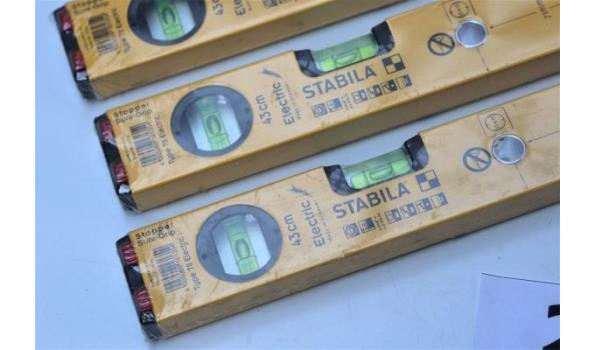 3 nieuwe waterpassen STABILA Electric 70